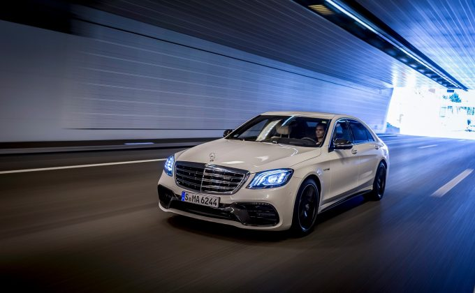 Mercedes-AMG-S-63-4MATIC_2